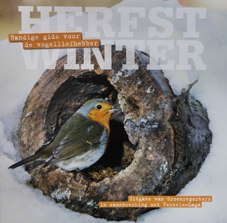 Under the enthusiastic eye of Versele-Laga Groenreporters put together this 'Wild Bird Guide'.   The chapters 'Autumn' and 'Winter' provide an overview of the birds that are partially dependent on food aid from hu...